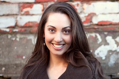 Teen Expert Vanessa Van Petten Head Shot