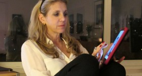 Screenwriter Tracey Jackson Loves Her Kindle Fire