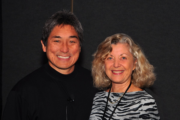 Guy Kawasaki and Linda Sherman at NMX (BlogWorld)