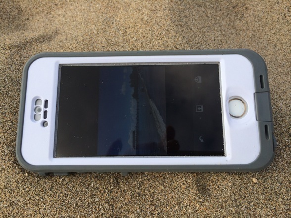 Waterproof iPhone Case Lifeproof Review and Hawaii Test