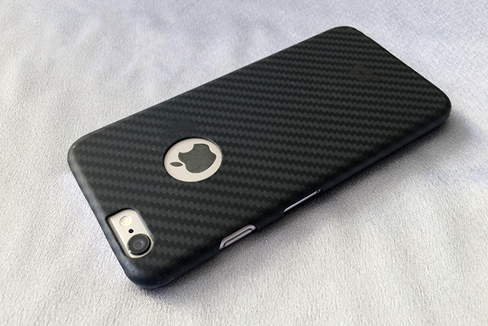 Evutec Karbon series case with iPhone 6 photo by Ray Gordon BoomerTechTalk