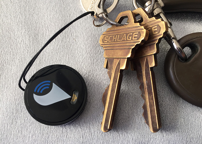 Trackr on a keychain. Photo by Ray Gordon for BoomerTechTalk